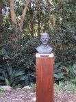 Nelson Mandaela bust in the Botanic gardens Cape Town